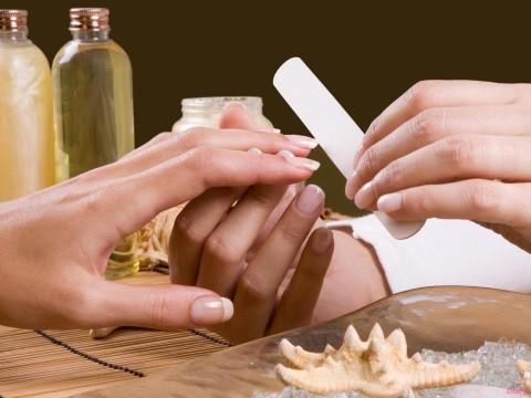 Маникюр: идеально красивые руки без него невозможны!